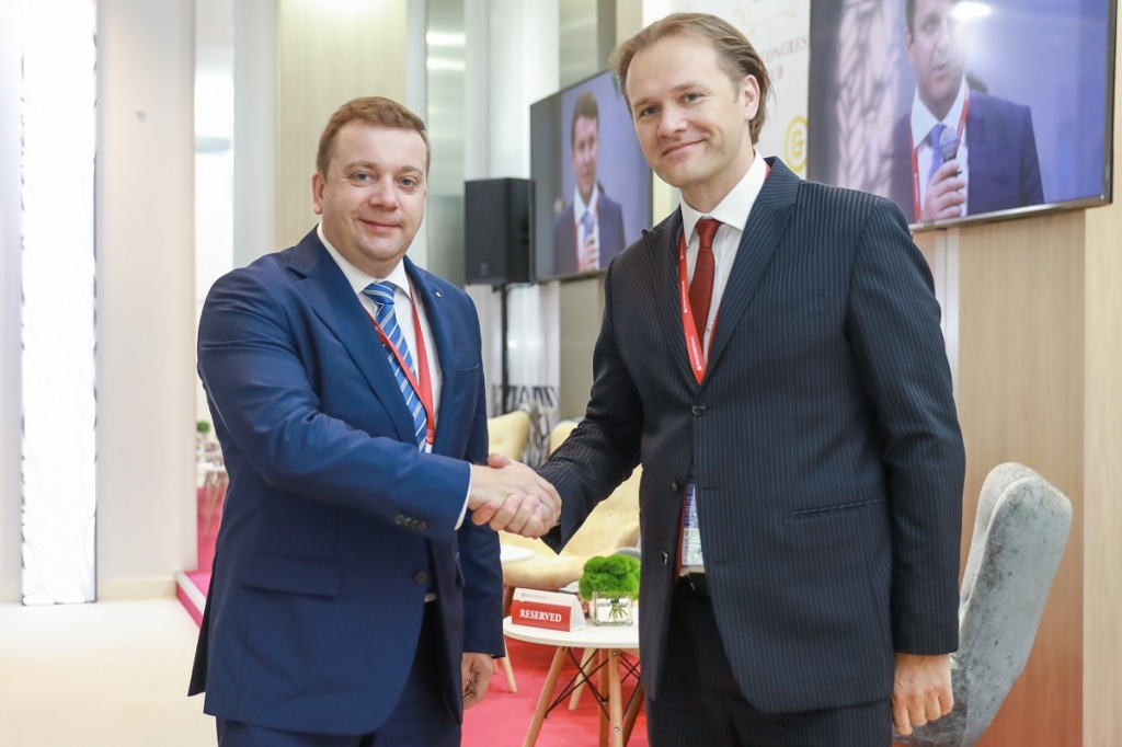 Roscongress Foundation and Analytical Credit Rating Agency Discuss Cooperation at SPIEF
